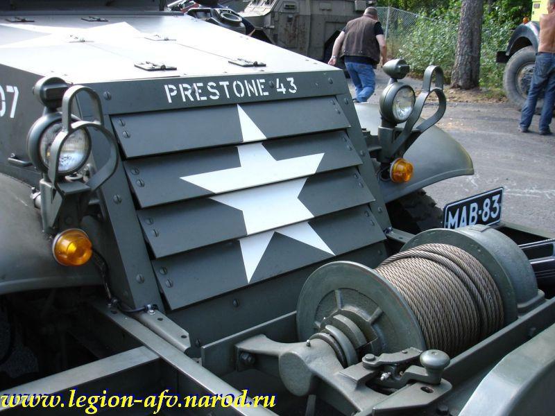 Half-track M2A1 M2A1_Parola_057