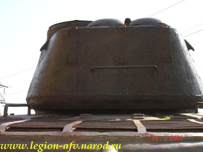 http://legion-afv.narod.ru/USSR/T-34-85/T-34-85_Saratov_4/T-34-85_Saratov_4_013.JPG
